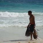 Pescatore con aragoste a Tulum